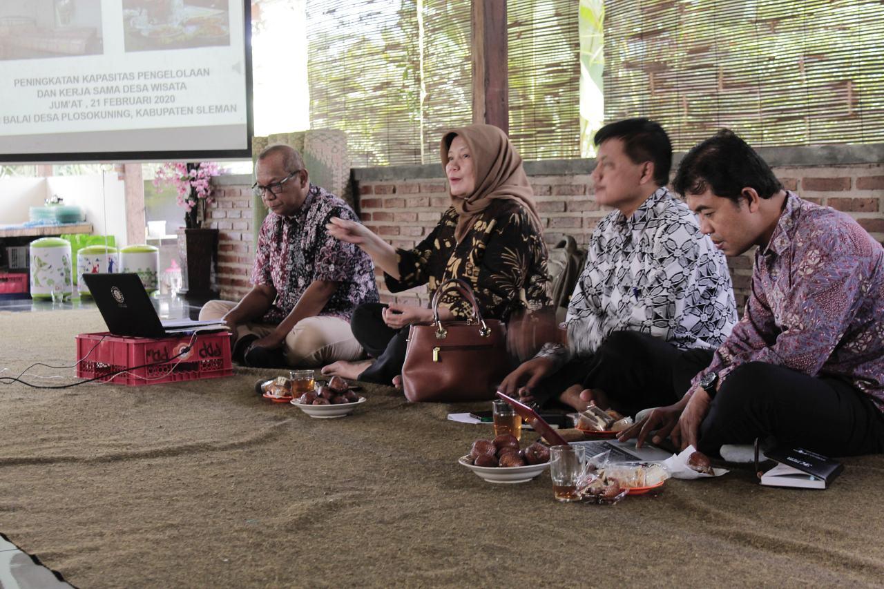 Pelatihan Desa Wisata Plosokuning